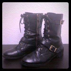 Arturo Chiang Black/Gold Combat Boots